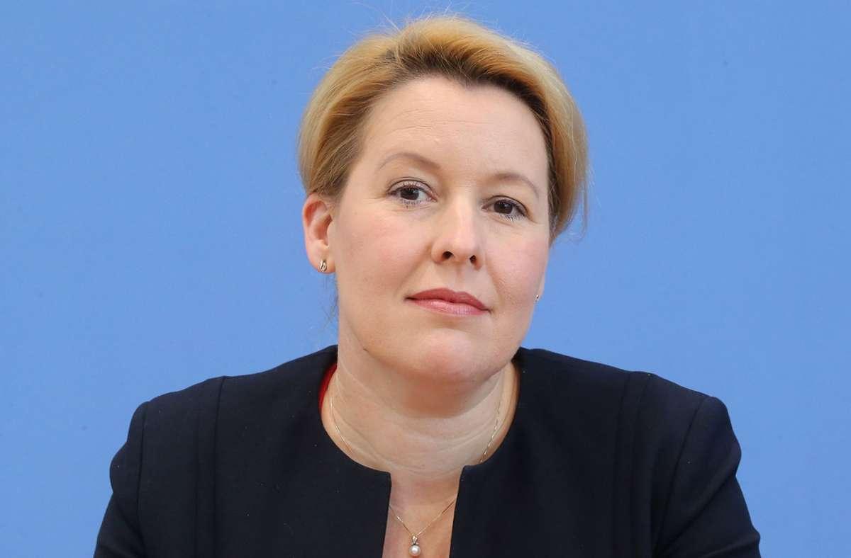 Franziska Giffey (SPD) muss ihren Doktortitel wieder abgeben. (Archivbild) Foto: dpa/Wolfgang Kumm