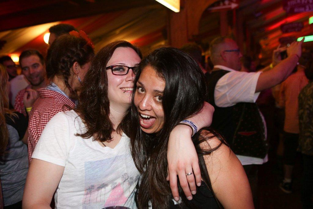 Eine Party zum Anbeißen: Schwule und Lesben haben am