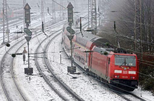 Erneut Brände an Bahnlinien in Nordbaden