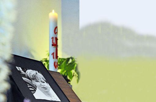 Trauer um Maria Bögerl: Der Mord an der Bankiersfrau konnte bisher nicht aufgeklärt werden. Foto: dpa