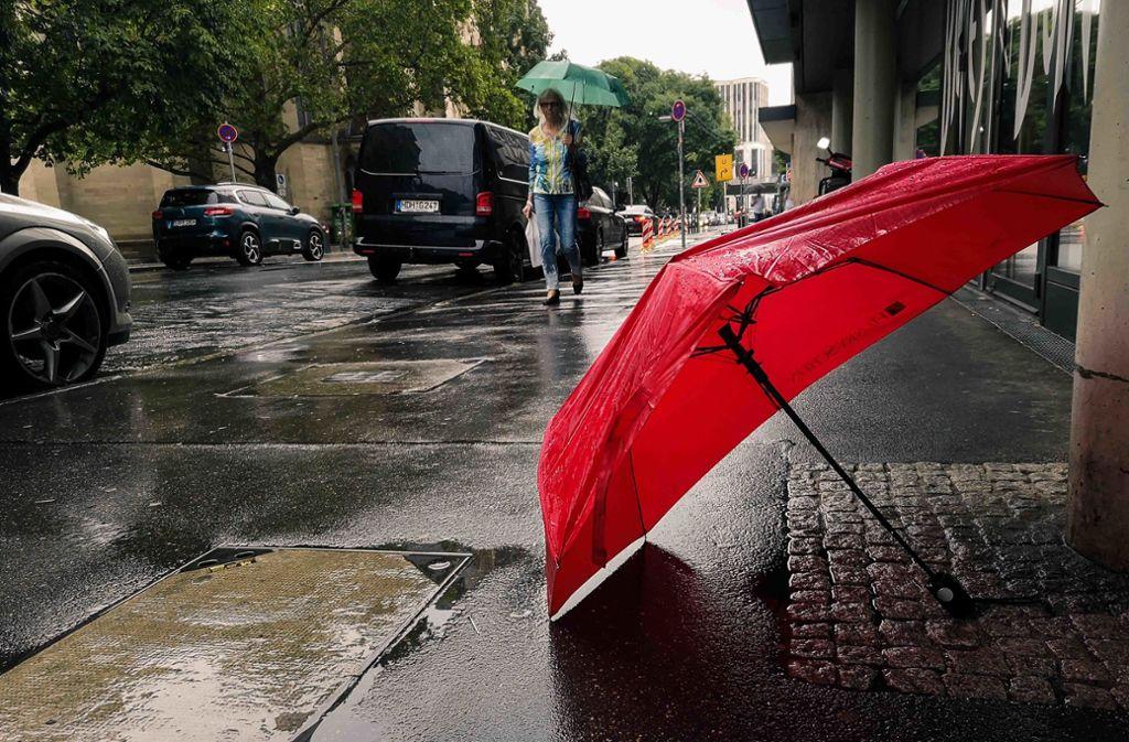 Der Montag in Stuttgart wird regnerisch (Symbolbild). Foto: Lichtgut/Max Kovalenko