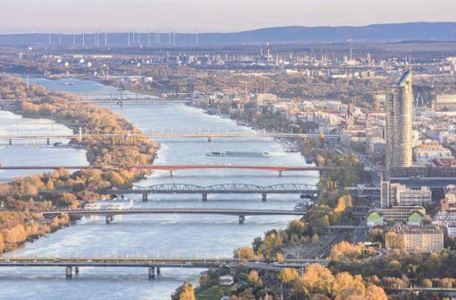 Ölteppich auf der Donau sorgt für Einschränkungen im Schiffsverkehr