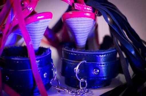 Polizei löst illegale Sexparty in Bondagekeller auf