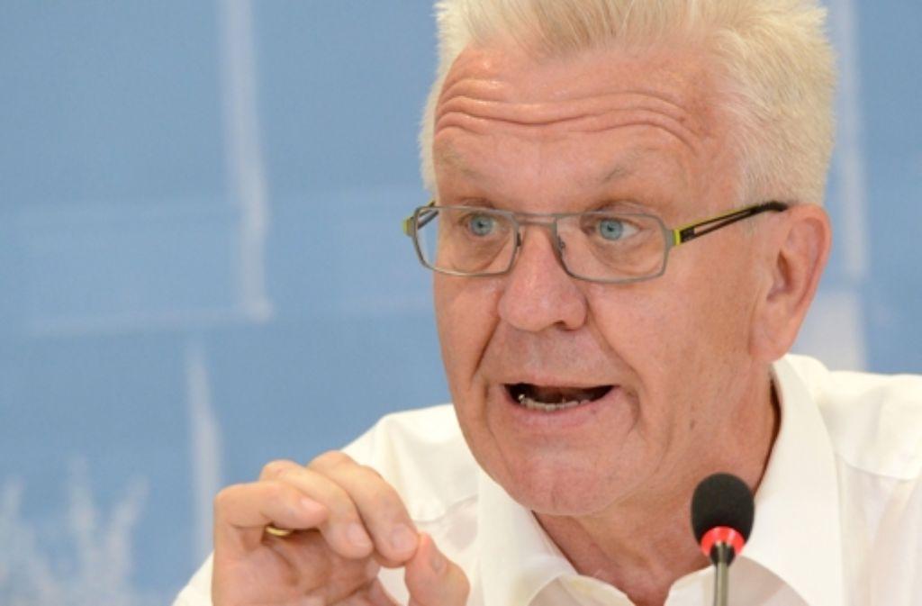 Die Nebenklage möchte, das Ministerpräsident Winfried Kretschmann vor Gericht zum Schwarzen Donnerstag aussagt. Foto: dpa