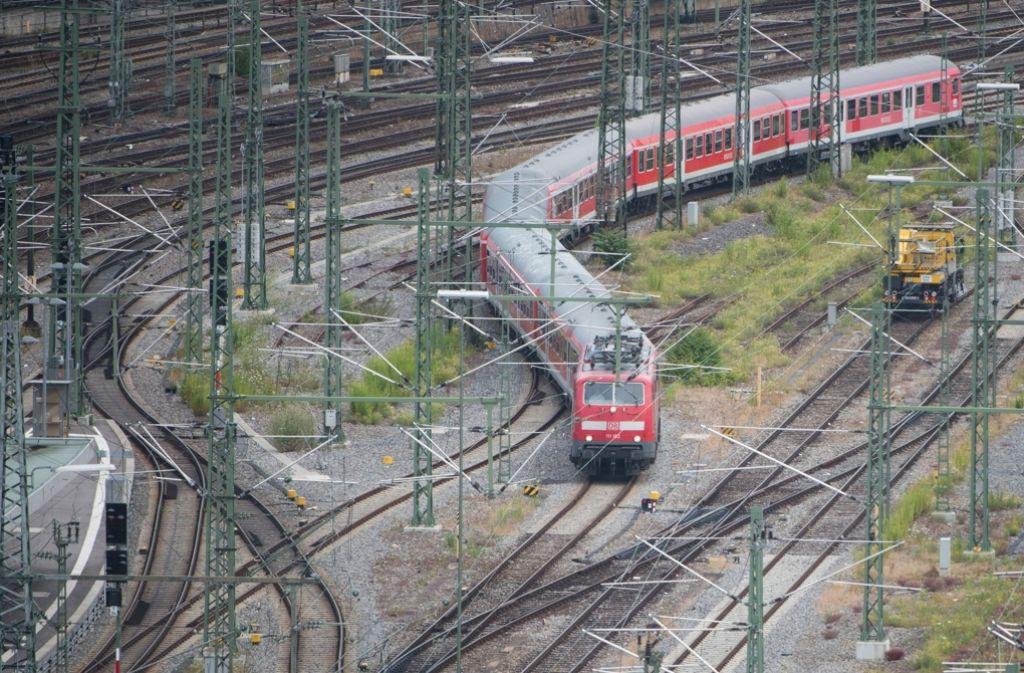 Über die Zufahrtsgleise soll der Gemeinderat diskutieren. Foto: dpa