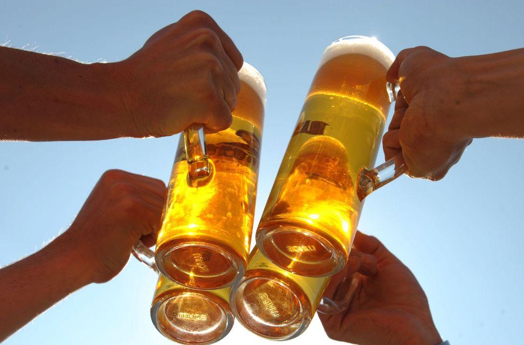 Am 23. April wird seit 1994 der Tag des deutschen Bieres gefeiert. Das Datum geht auf den Erlass des deutschen Reinheitsgebotes im Jahr 1516 zurück.  Foto: dpa-Zentralbild