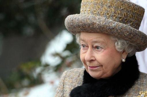 Februar: Auf den Tag genau 60 Jahre sitzt Queen Elizabeth II. am 6. Februar auf dem britischen Thron. Die Krönung fand im Jahr 1952 aber erst am 2. Juni statt, also werden auch die offiziellen Feierlichkeiten in den Sommer verschoben - der verspricht schließlich auch besseres Wetter. Foto: AP