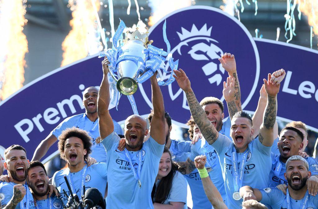 Mit einem Punkt Vorsprung auf den FC Liverpool hat  Manchester City seinen Titel in der englischen Premier League verteidigt. Am Wochenende holte das Team von Pep Guardiola nach dem Ligapokal auch noch den FA-Cup (6:0 gegen den FC Watford) – und machte damit das historische Triple perfekt. Foto: Getty