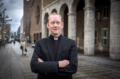 Stadtdekan Christian Hermes ist es wichtig,  klar Position zu beziehen. Foto: Achim Zweygarth