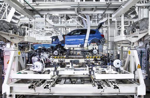 BMW macht Absatzminus in Deutschland