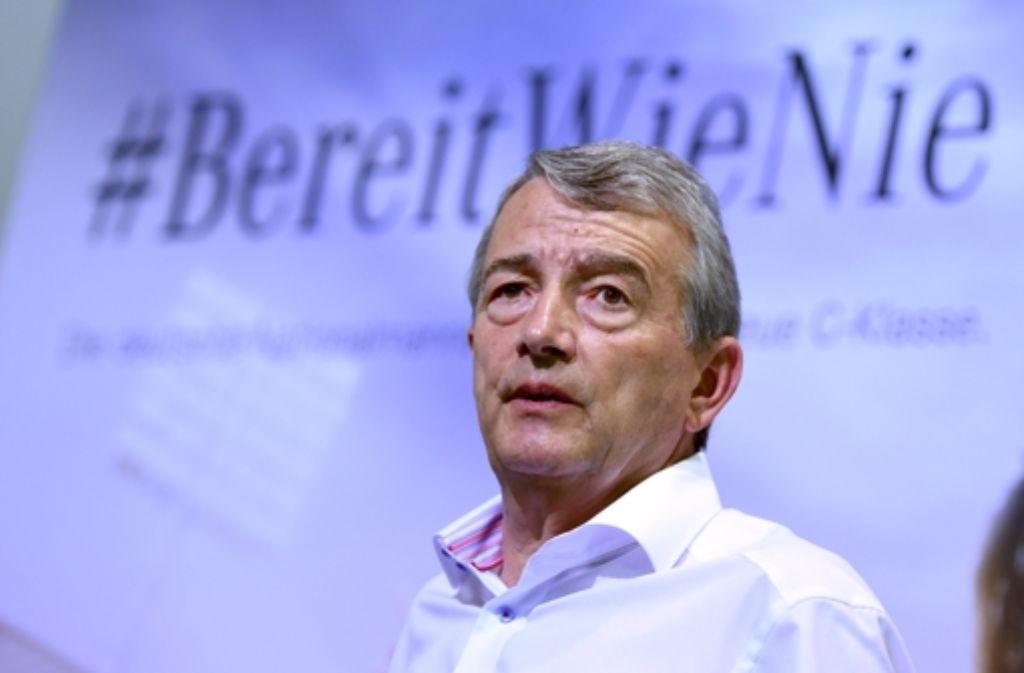 Ist DFB-Präsident Wolfgang Niersbach bereit für den Posten des Uefa-Chefs? (Archivfoto) Foto: dpa