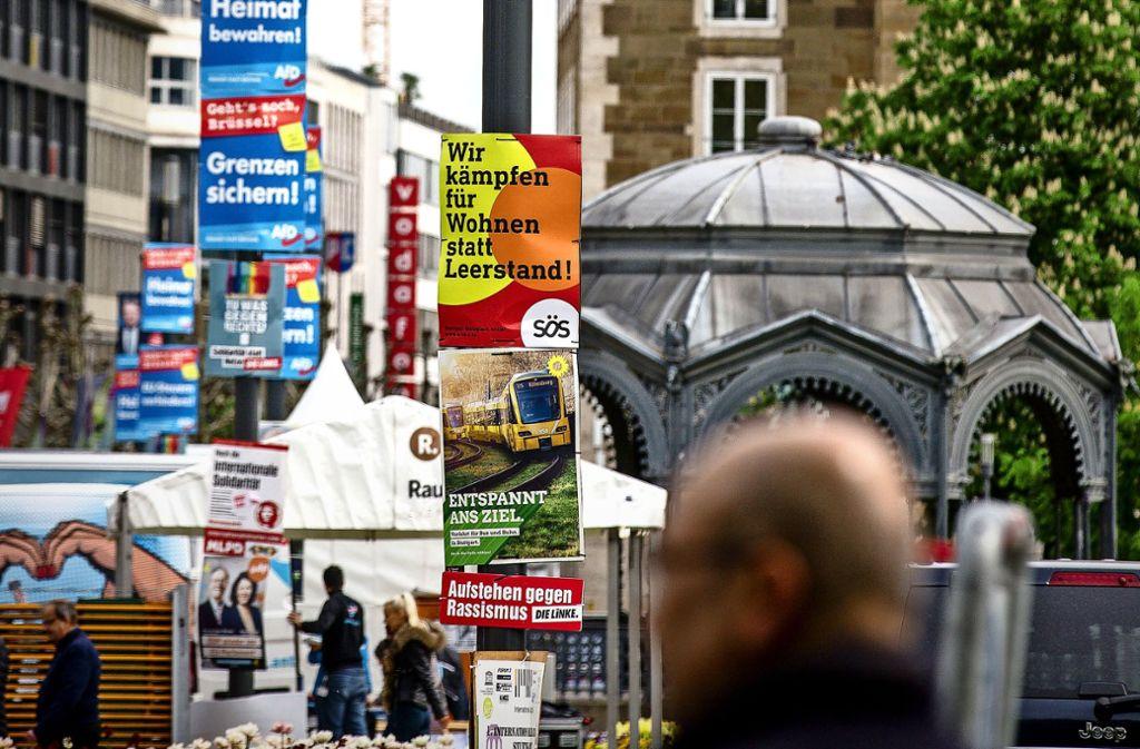 In der Landeshauptstadt  sind die Plakate zur Wahl am 26. Mai – wie hier am Schlossplatz –  nicht zu übersehen. Foto: