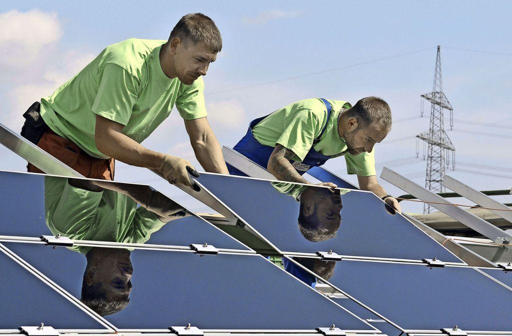 Der Mönsheimer Bürgermeister wünscht sich mehr Solaranlagen  in seinem Ort. Foto: dpa