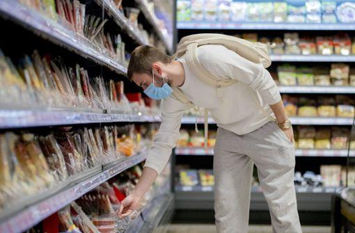 Maskenpflicht im Einzelhandel bleibt bestehen