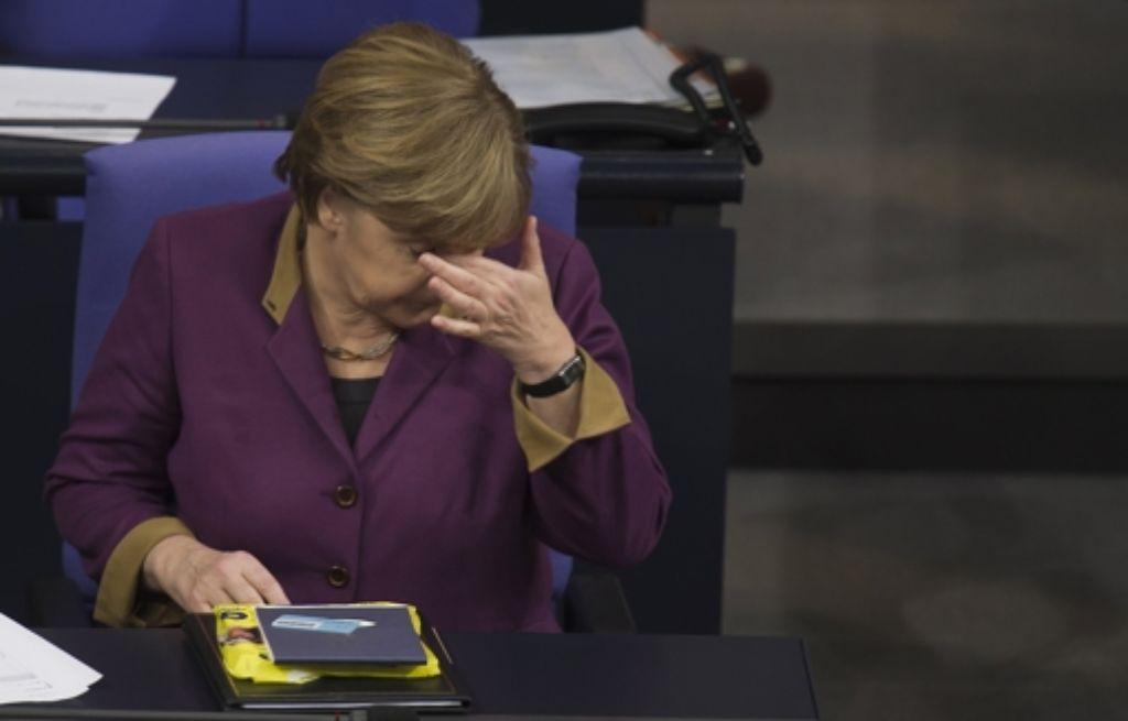 Angela Merkel hat die sogenannte Kanzlermehrheit bei der Abstimmung über die Griechenland-Hilfe verpasst. Foto: dapd