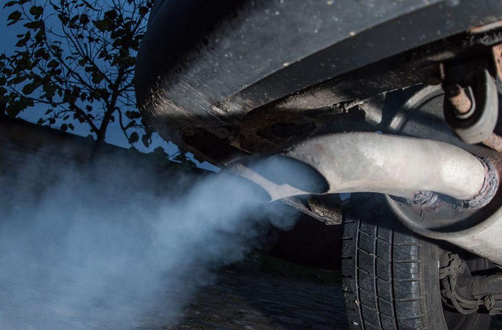 Die Debatte um ein Diesel-Fahrverbot geht weiter. Foto: dpa