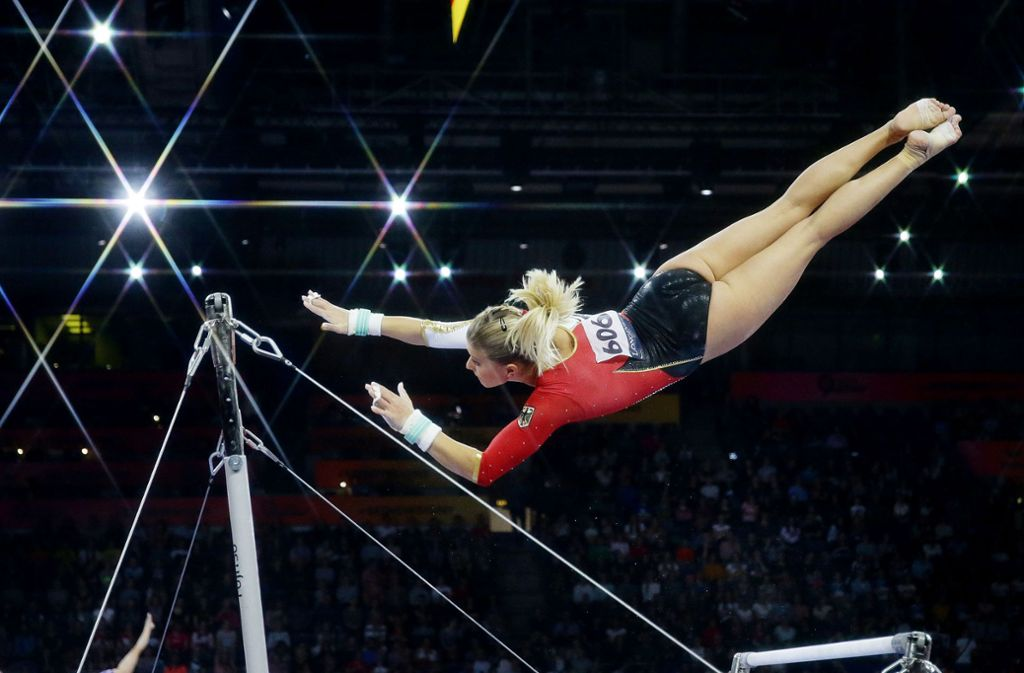 Die Athletinnen und Athleten zeigen wagemutige Aktionen. Foto: Baumann
