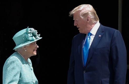 Die Queen rollt für Trump den roten Teppich aus