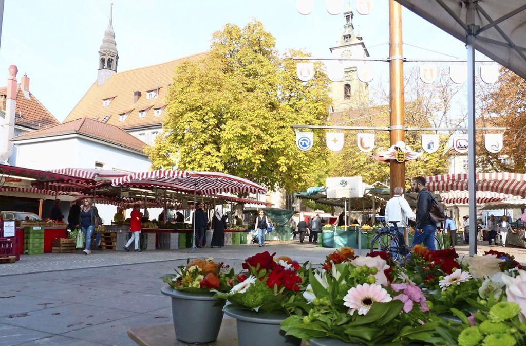 Der Wochenmarkt auf dem Marktplatz: immer dienstags, donnerstags und samstags von 7 bis 13 Uhr. Foto: