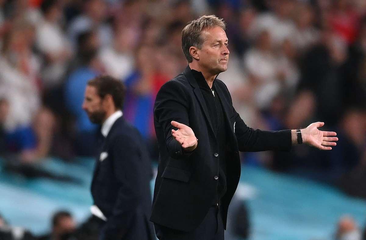Dänemarks Trainer Kasper Hjulmand konnten den Pfiff zum Elfmeter nicht nachvollziehen. Foto: AFP/LAURENCE GRIFFITHS