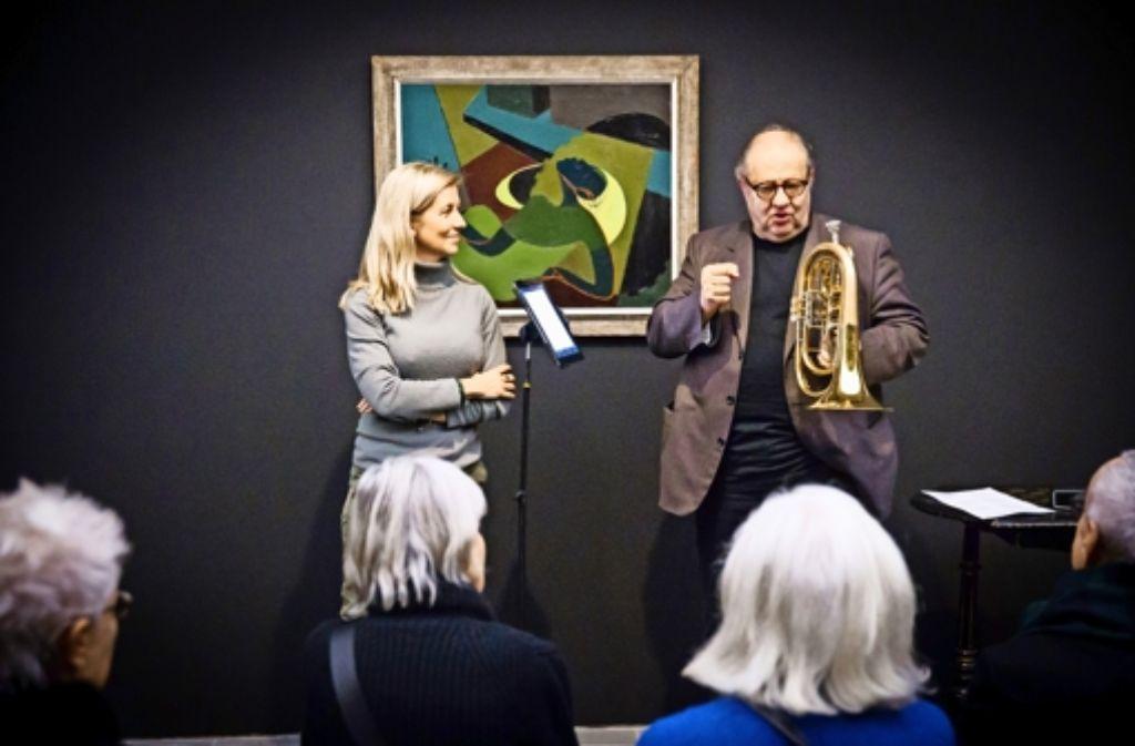 """Ulrike Groos und Vincent Klink vor """"The Death of Bessie Smith"""" im Kunstmuseum. Foto: Lichtgut/Achim Zweygarth"""