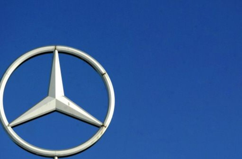 Der Autobauer Daimler hat seine verbliebenen Anteile an der Airbus-Mutter EADS verkauft und damit rund 2,2 Milliarden Euro erlöst. Foto: dpa
