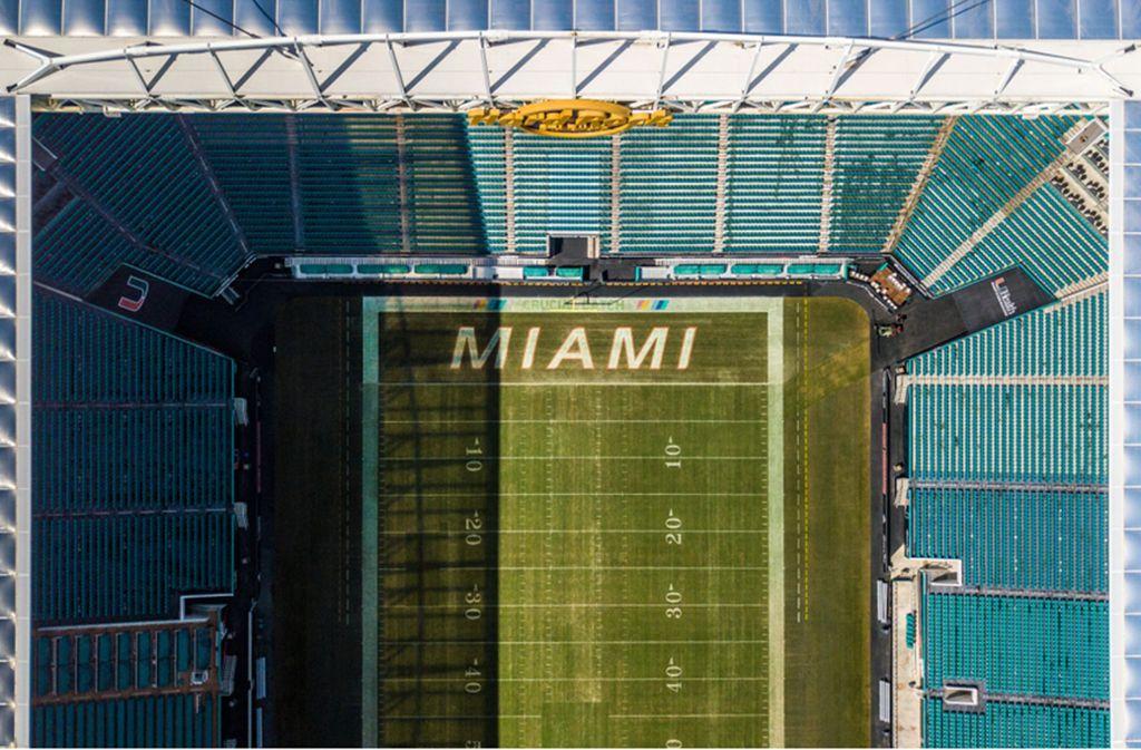 Ein Blick von oben auf das Hard Rock Stadium in Miami. Foto: shutterstock/Paparacy