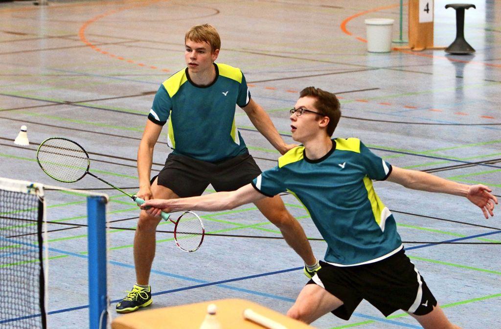 Der  Badminton-Nachwuchs  der KSG Gerlingen  ist längst in die       vorderen    Reihen gerückt:    Patrick  Heimann (rechts) und Patrick         Bergmann. Foto: Andreas Gorr
