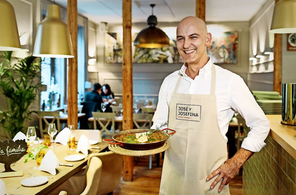 Paella und mehr: Juan Miguel Blanco del Rio bietet Hausmannskost an. Foto: Lg/Verena Ecker