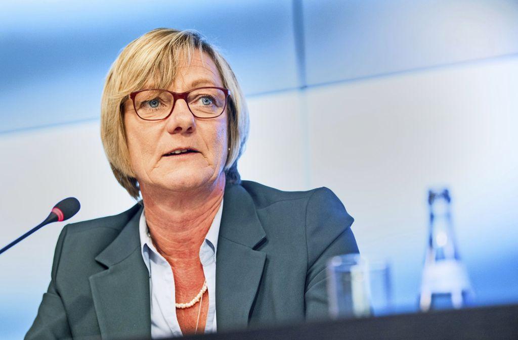 Finanzministerin Edith Sitzmann muss sorgfältig rechnen Foto: Sebastian Gollnow/dpa