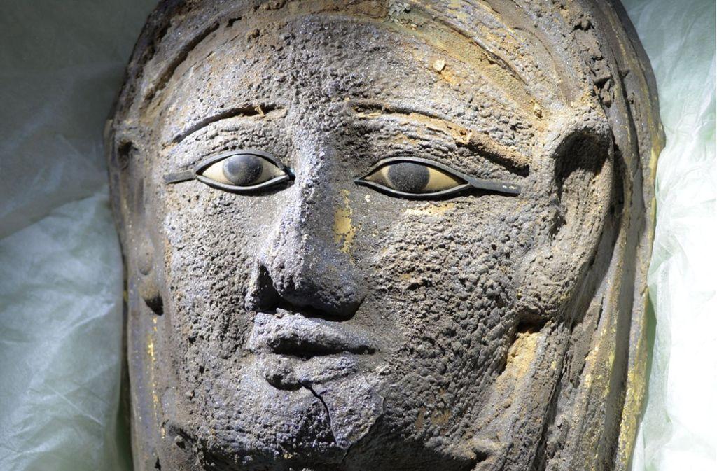 Nur wenige Mumienmasken aus Edelmetall haben sich bis heute gehalten. Foto: Universität Tübingen