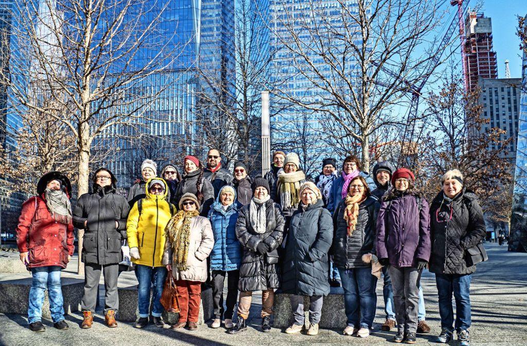 Die Swinging Notes am 9/11 Memorial in New York. Foto: Frieder Kauber