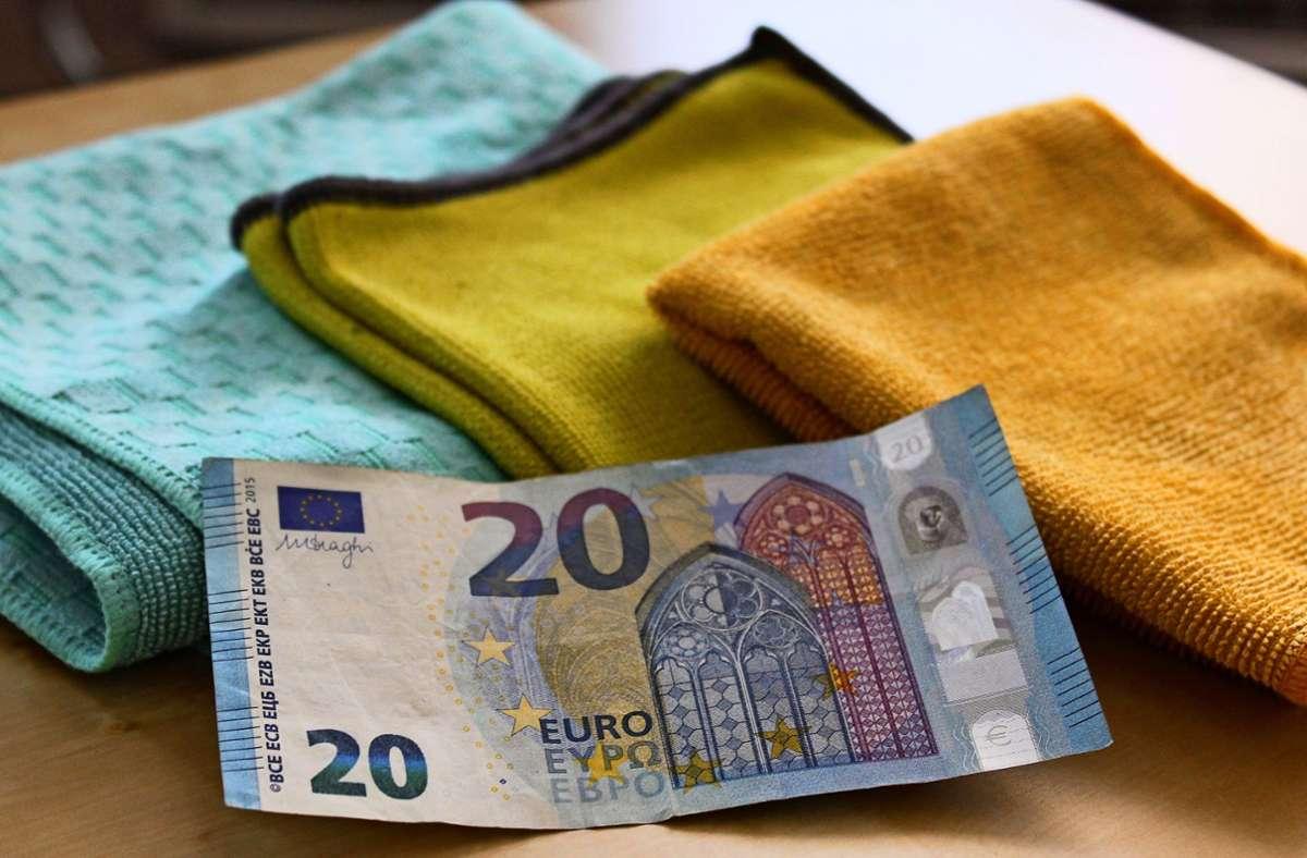 20 Euro zahlte der Plieninger an der Haustür für Mikrofasertücher. Foto: J. Fritsch