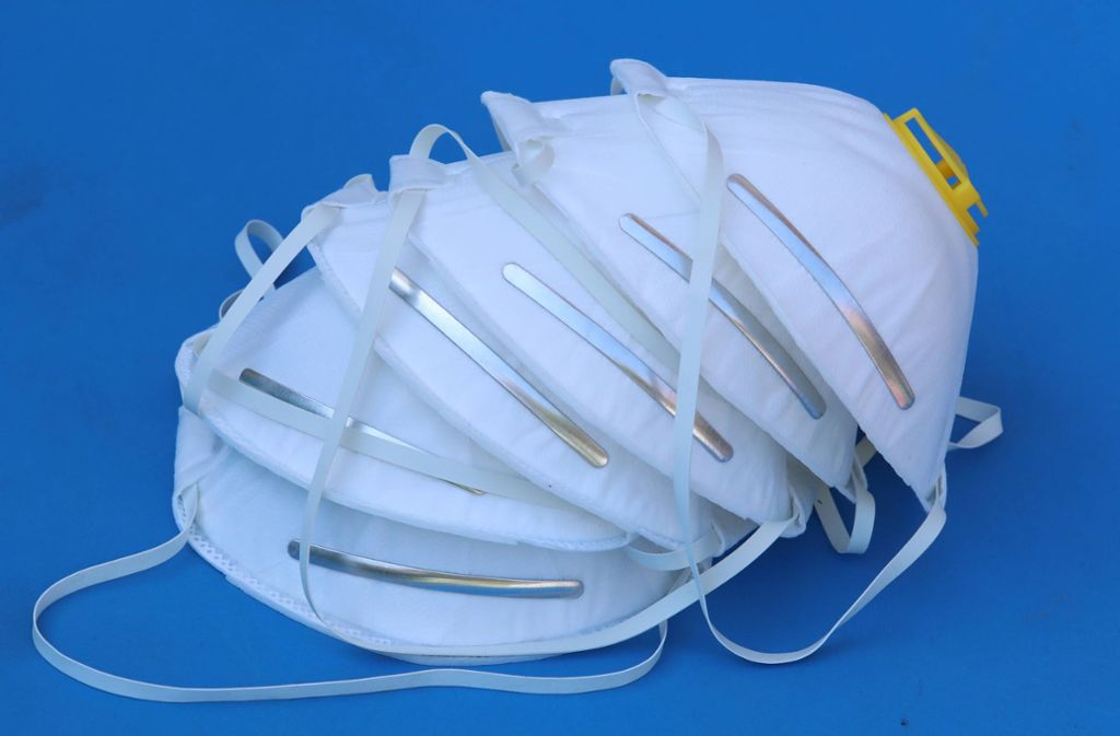 In dem Korb lagen etwa 40 Schutzmasken (Symbolbild). Foto: imago images/ZUMA Wire/ESPA Photo Agency