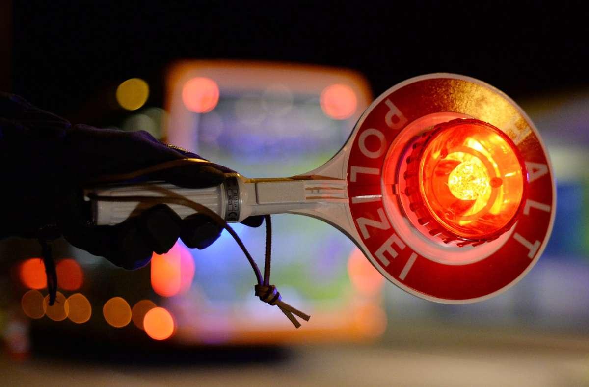 """Die Behörden hatten """"stichprobenhafte"""" Überprüfungen der verschärften Corona-Testpflichten angekündigt. Foto: dpa/Patrick Seeger"""