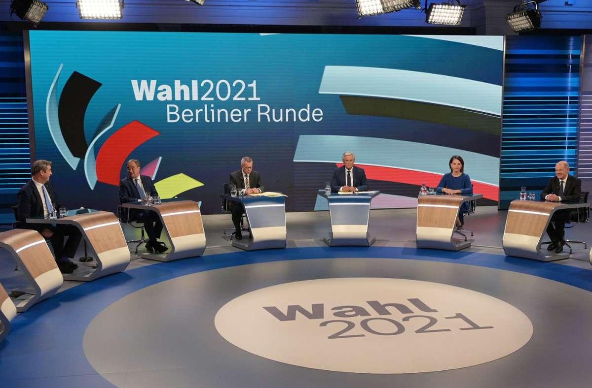 Schon vorsichtige Sondierungen gab es in der Berliner Runde. Foto: dpa/Sebastian Gollnow