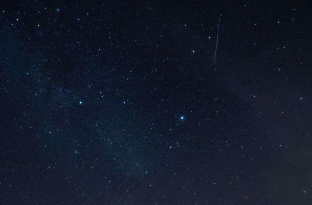 Beeindruckend: Der Blick in den Nachthimmel, hier ein Archivbild aus dem Jahr 2018 zur Zeit des Meteorstroms der Perseiden. Foto: dpa/Paul Zinken