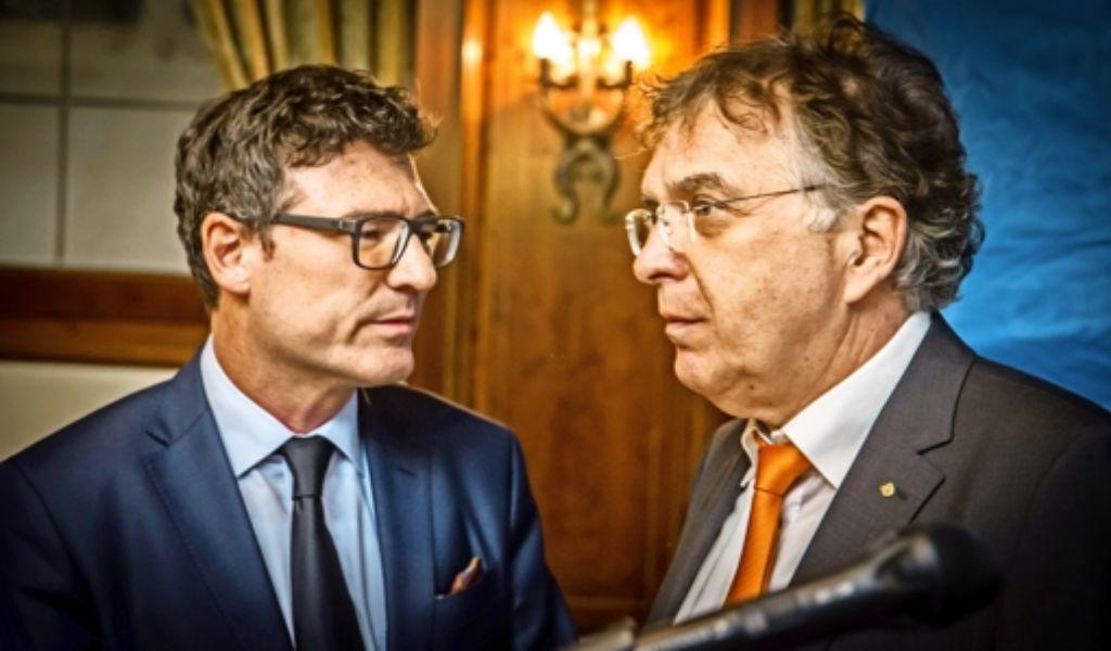 Kreischef Stefan Kaufmann (links) hat nicht nur den Verlust des Direktmandats von Reinhard Löffler zu beklagen. Er sieht die CDU  dennoch vorne. Foto: Lichtgut/Achim Zweygarth