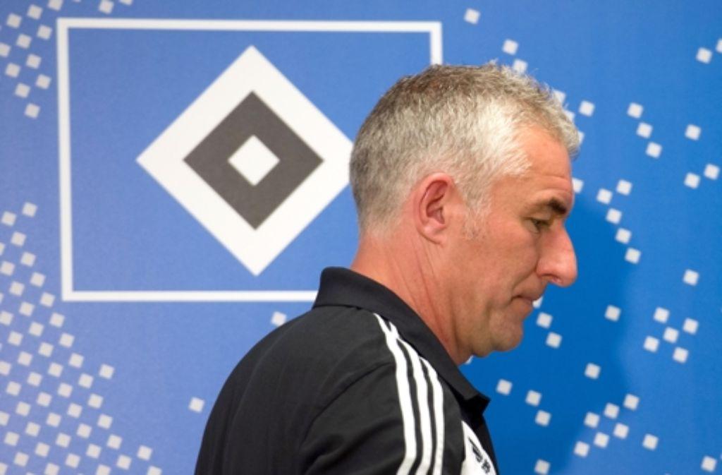 Der ehemalige Trainer des HSV, Mirko Slomka, klagt gegen seinen Ex-Arbeitgeber. Foto: dpa