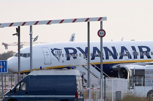 Flieger mit 149 Passagieren an Bord auf Rollfeld beschlagnahmt