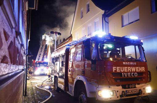 Hoher Sachschaden bei Dachstuhlbrand in Murrhardt