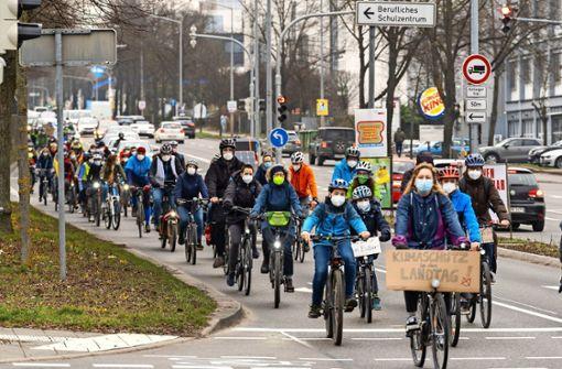 Korso  mal anders – mit Fahrradklingel statt mit Autohupe