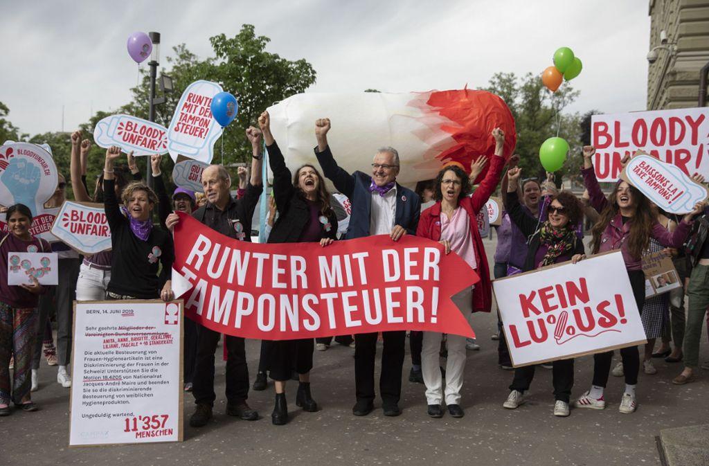 In letzter Zeit häufte sich der Protest gegen die 19-Prozent-Besteuerung von Tampons und Binden (Archivbild). Foto: dpa/Peter Klaunzer