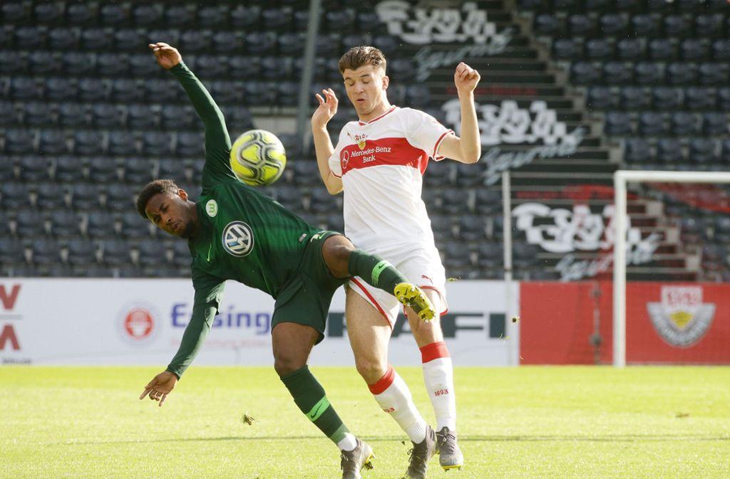 ... aber der Gegner aus Wolfsburg konnten sich berappeln. Foto: Pressefoto Baumann