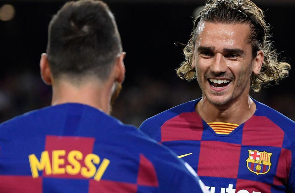 Über die Strafe für den FC Barcelona können viele nur Lächeln. Foto: AFP/LLUIS GENE