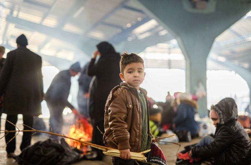 Bis zu 1500 Kinder aus den Flüchtlingslagern sollen in den kommenden Wochen in anderen europäischen Staaten aufgenommen werden. Foto: dpa/Mohssen Assanimoghaddam