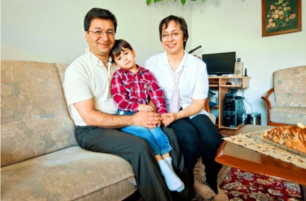 Soheila Nourieh und Mohammad Bahramian wollen nur ganz normal in Deutschland leben. Foto: Martin Stollberg