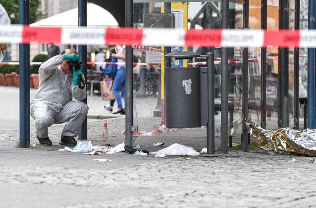 Vor einem halben Jahr stach der Angeklagte in Ravensburg auf drei Männer ein. Foto: dpa