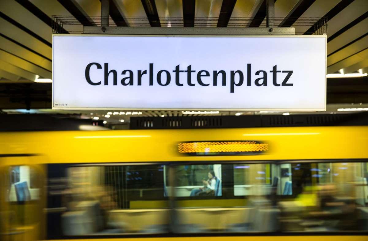 Jugendliche lösten einen Polizeieinsatz am Stuttgarter Charlottenplatz aus (Archivbild) . Foto: Leif Piechowski/LICHTGUT