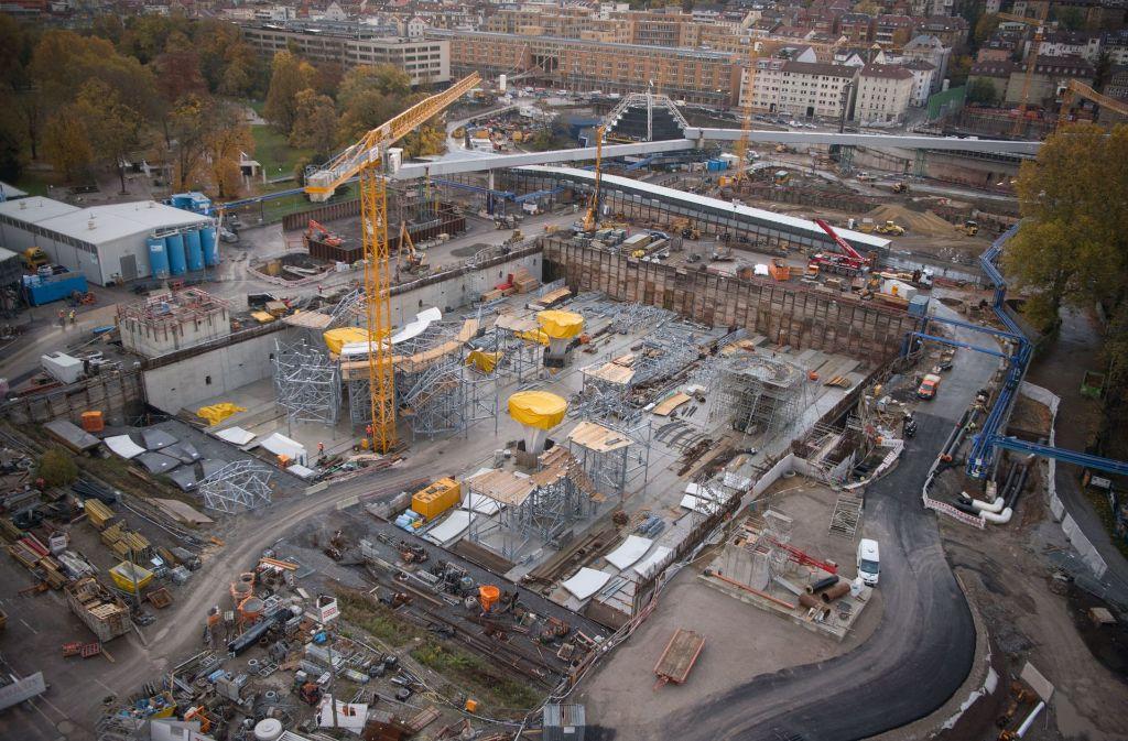 Mindestens eine Milliarde Euro mehr soll das Bahnprojekt Stuttgart 21 kosten. Foto: dpa